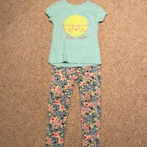 Girls two piece outfit size 6/6X